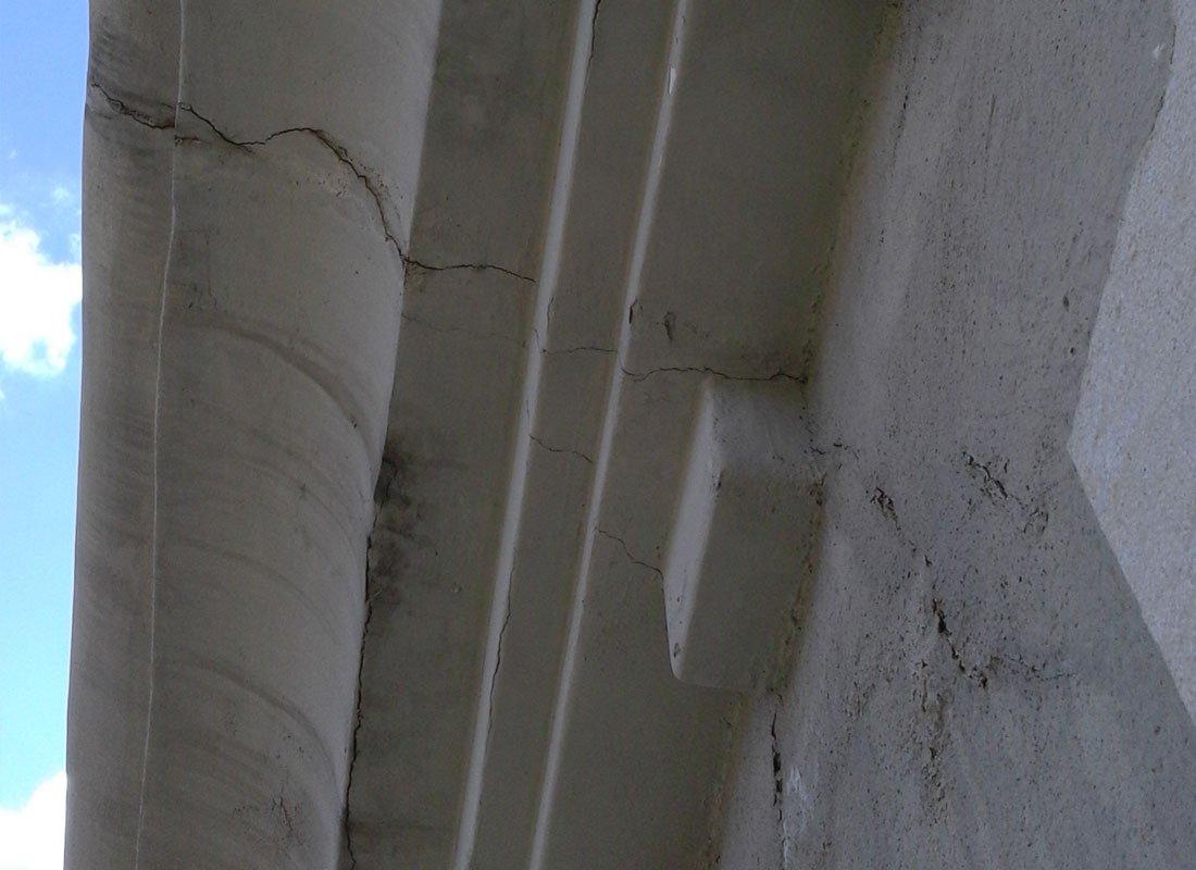 Reparació de patologies i esquerdes estructurals