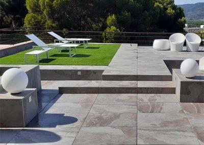Creació de diferents volums arquitectònics per oferir múltiples opcions per gaudir de la terrassa