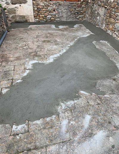 1. Neteja i preparació de la superfície