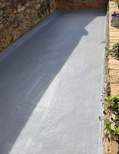 7. Impermeabilització amb dues capes de resina de poliuretà